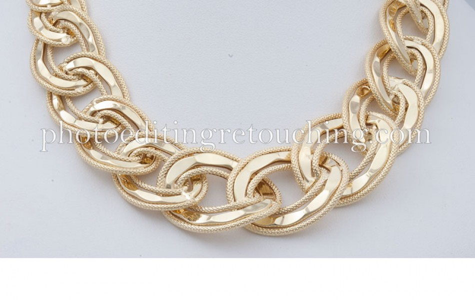 photoshop gold necklace retouch