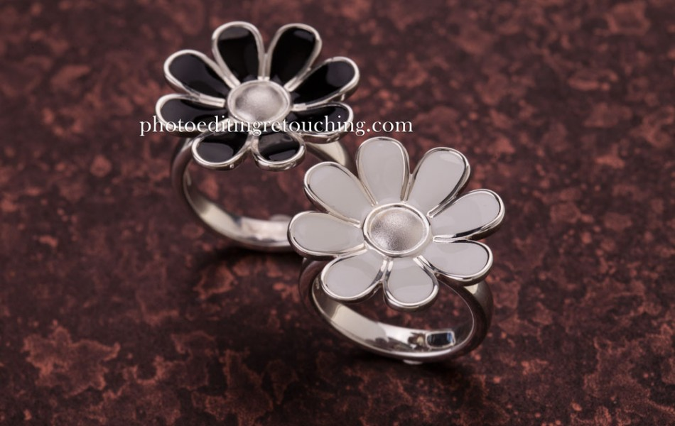 silver jewelry photography